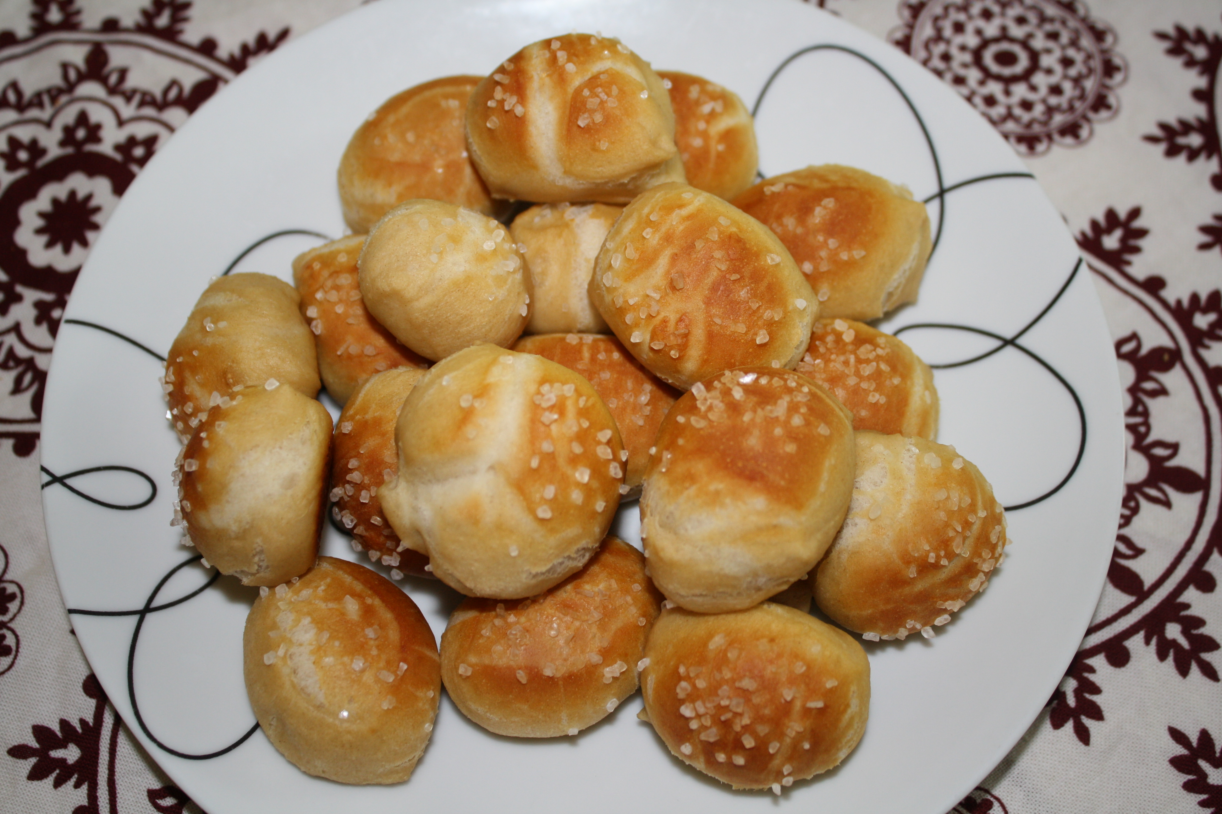 Homemade Soft Pretzel Bites – Better than the ones at the mall ...