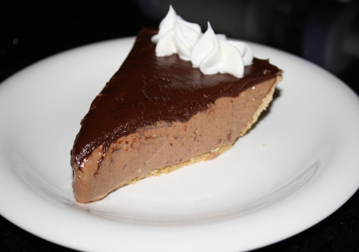 No Bake Chocolate Cake Eggless